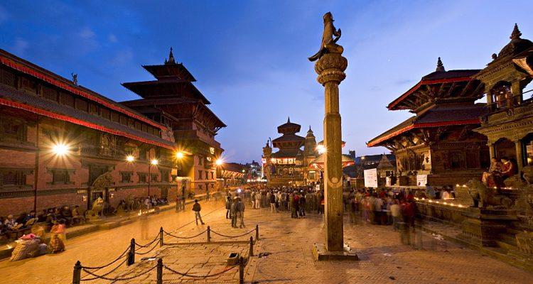 Hindu festival of Tihar (festival of lights), in Durbar Square, site of the statue of Garuda on top of a column, Patan, near Kathmandu, Nepal, Asia